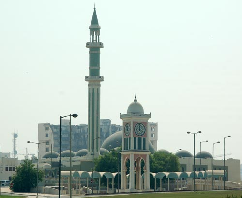Clock tower e grande mesquita